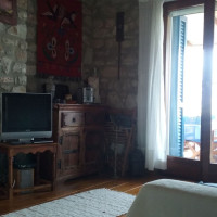 Living room with television (only Greek channels)